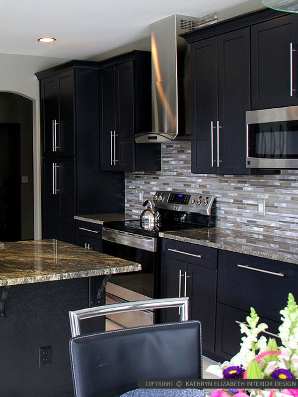 Modern Glass Metal Backsplash Tile Cabinet Granite Countertop