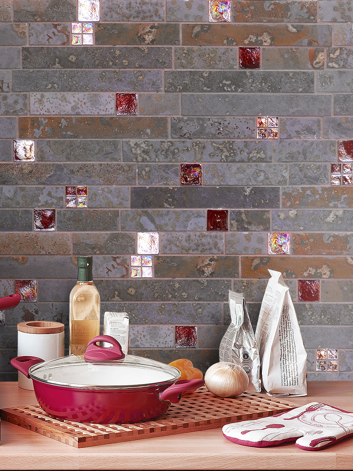 BA1046 Rusty brown color slate tile with red glass backsplash tile from Backsplash.com