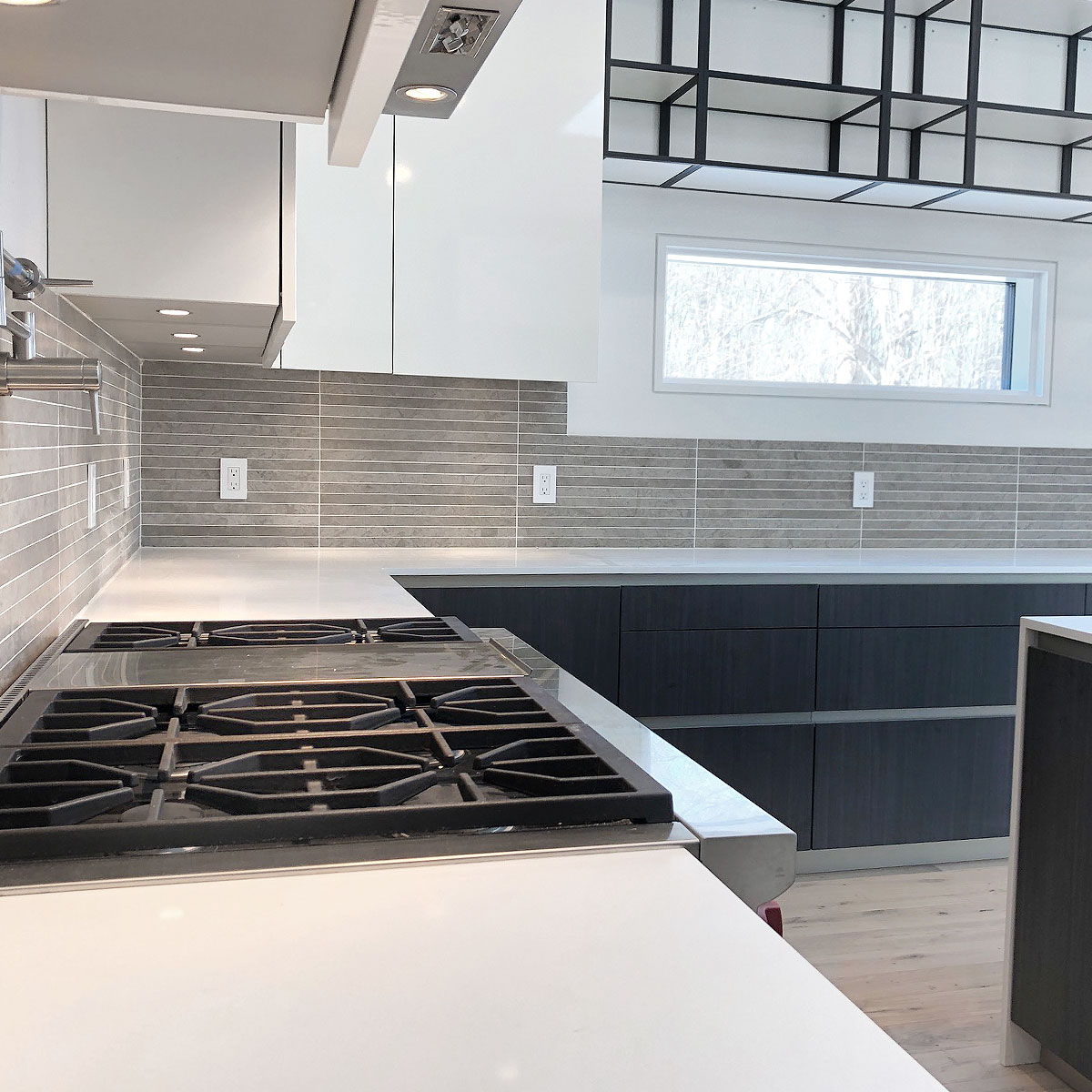 Modern design kitchen with backsplash BA1038