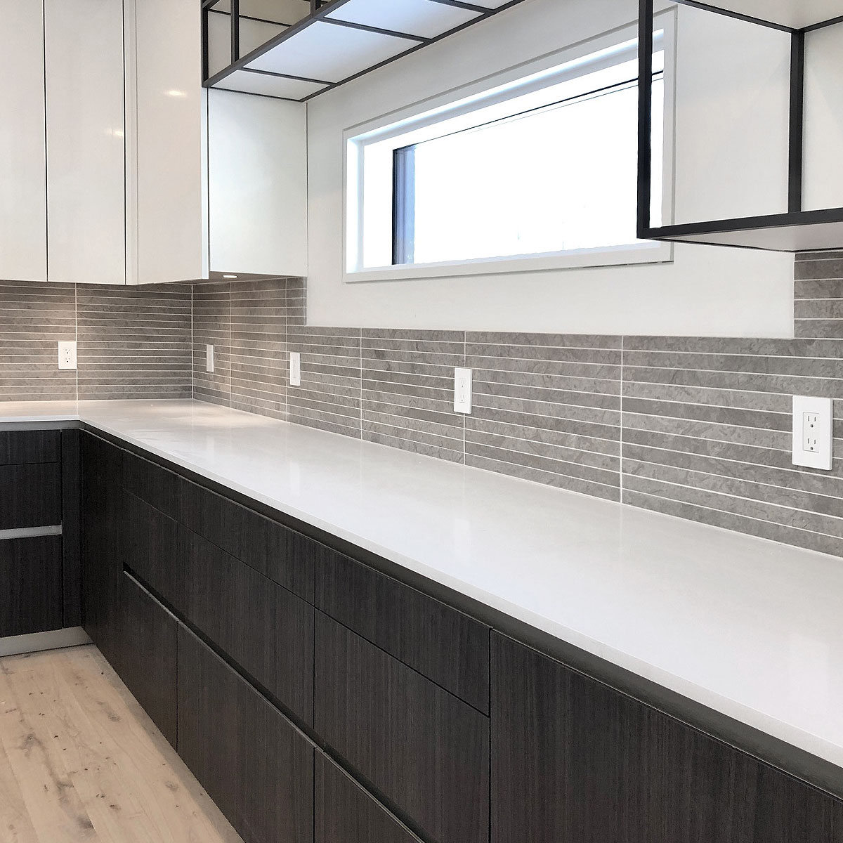 MODERN Light Gray Subway Backsplash Tile (Contemporary ...