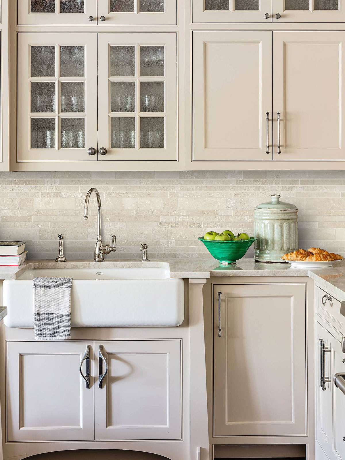 Image of: Light Ivory Travertine Kitchen Subway Backsplash Tile Backsplash Com