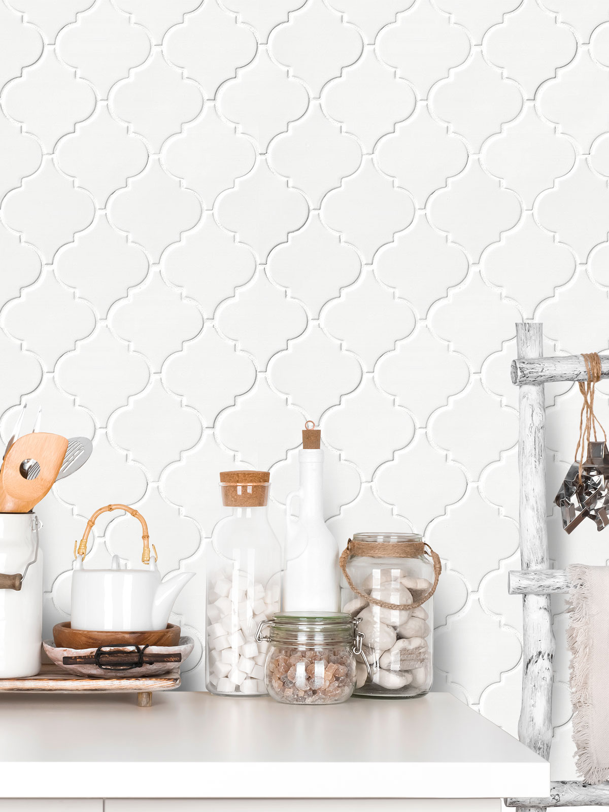 White Ceramic Arabesque Wall Tile BA311526 from backsplash.com