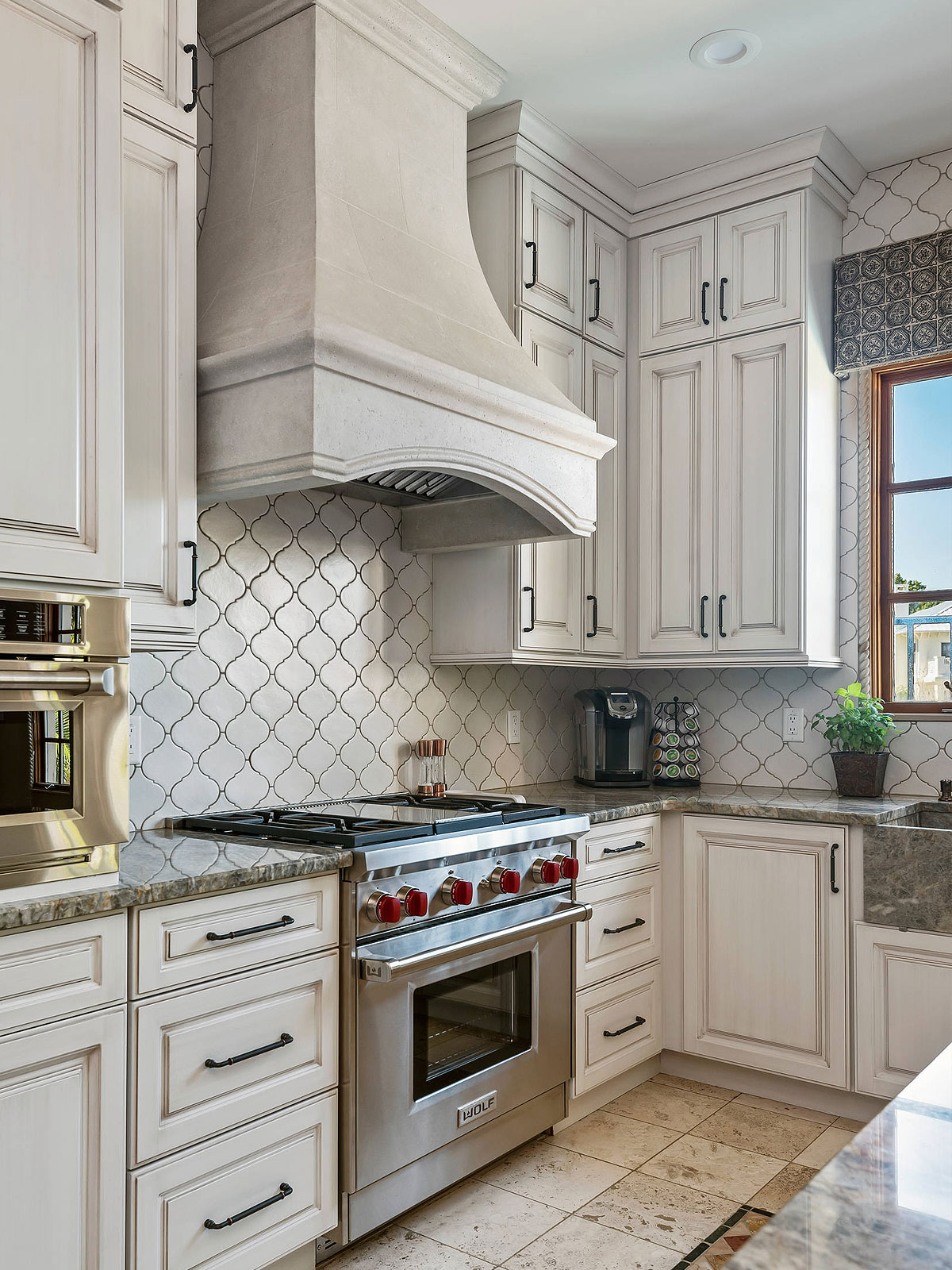 Rustic white kitchen arabesque backsplash tile
