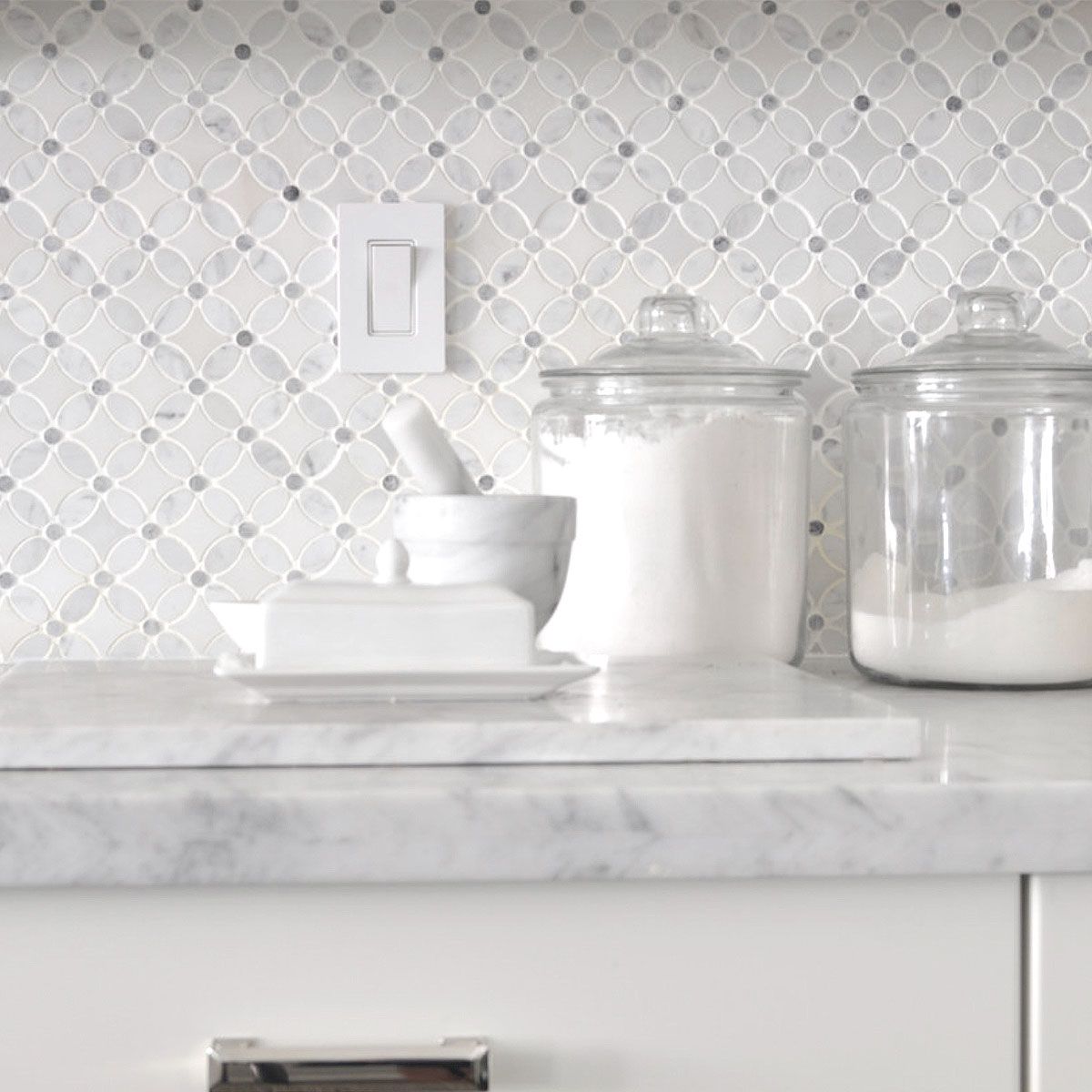 - White Gray Marble Flower Mosaic Tile Backsplash.com