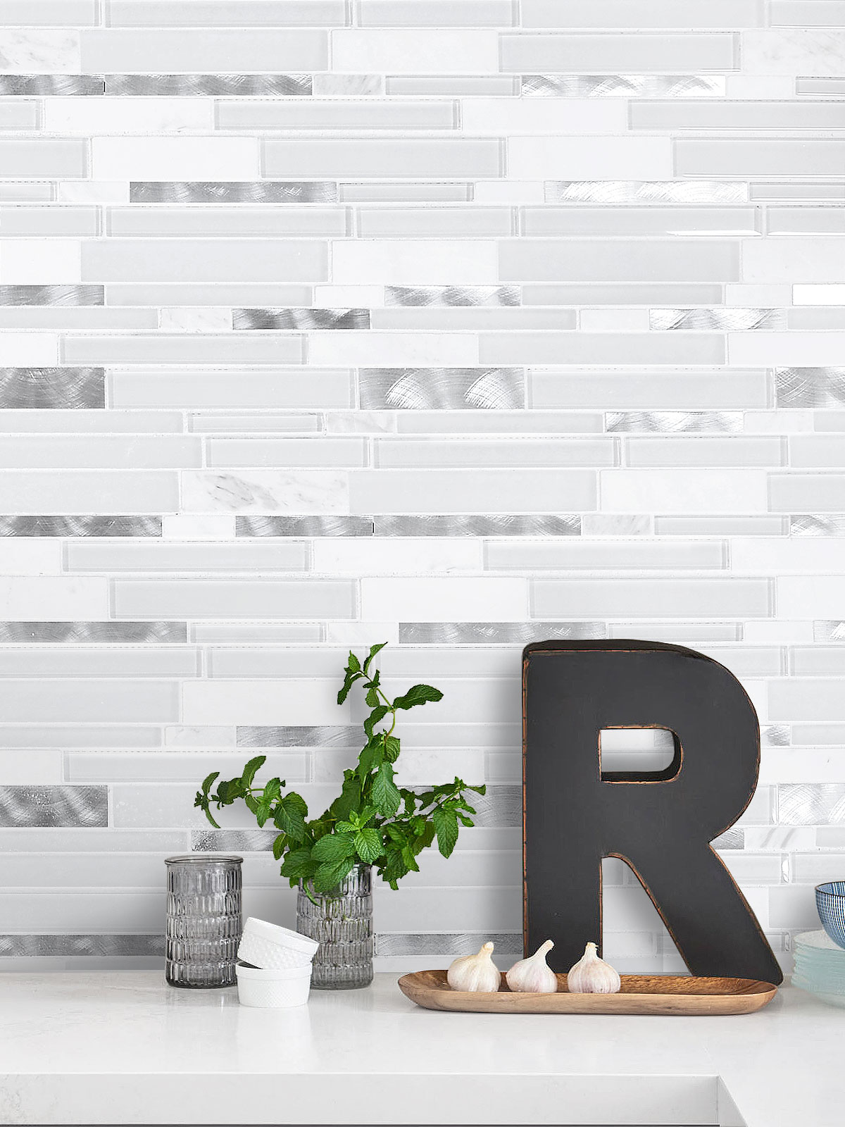White Interlocking Marble Glass Metal Backsplash Tile BA62032