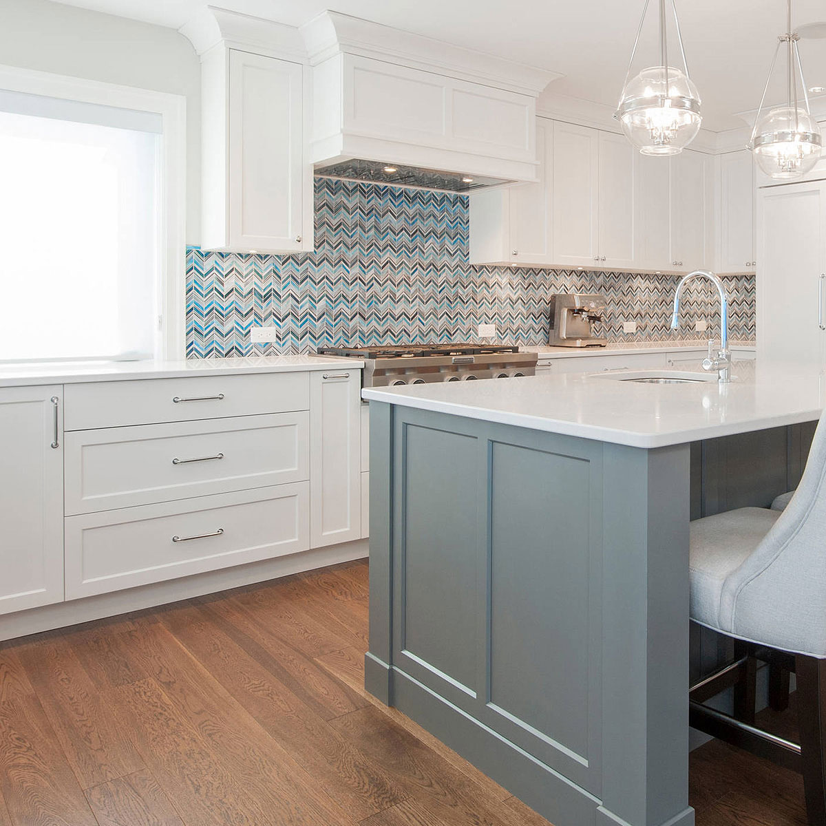 White Kitchen Cabinets Quartz Countertop Chevron Blue Mosaic Kitchen Backsplash Tile Backsplash Com
