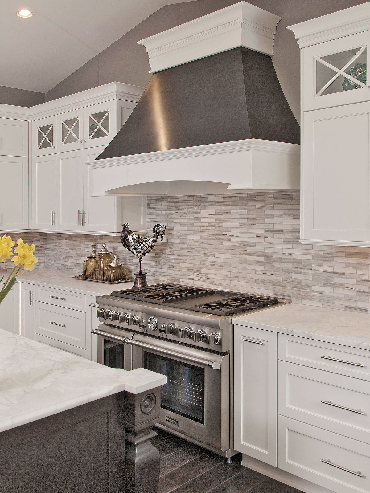 - 93+ Gray Backsplash Ideas - ( Contemporary Or Stylish? ) Gray Trends!
