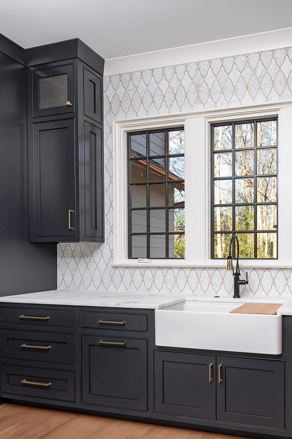 91403 Black Kitchen Cabinets Gold Knobs Traditonal Farm Sink Backsplash Com
