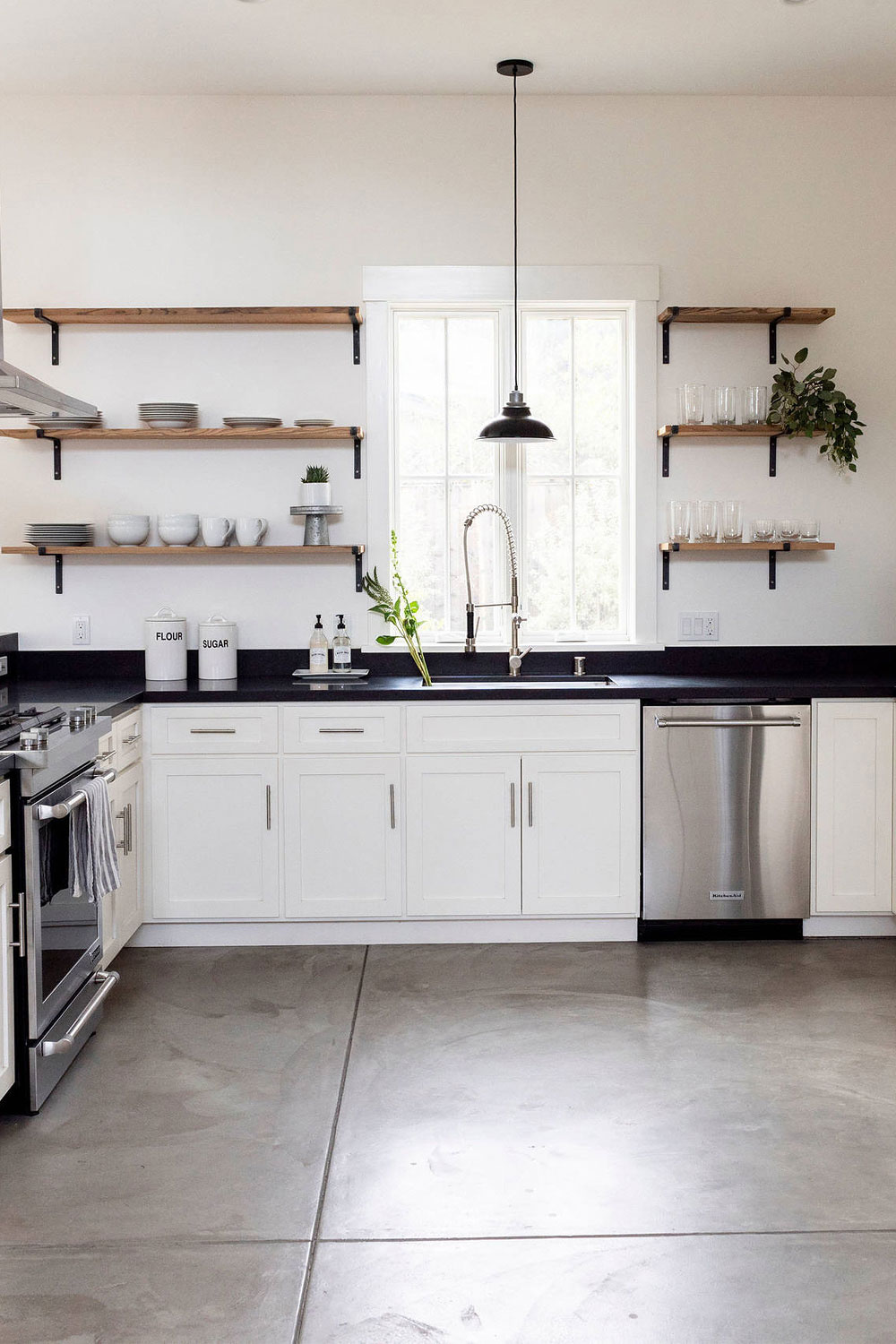 54 White Cabinet Black Countertop Inspiring Look Cabinets